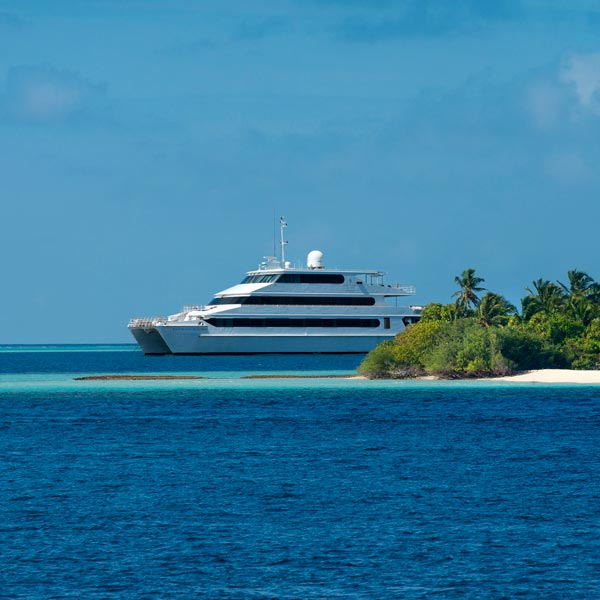 Hotels with superyachts