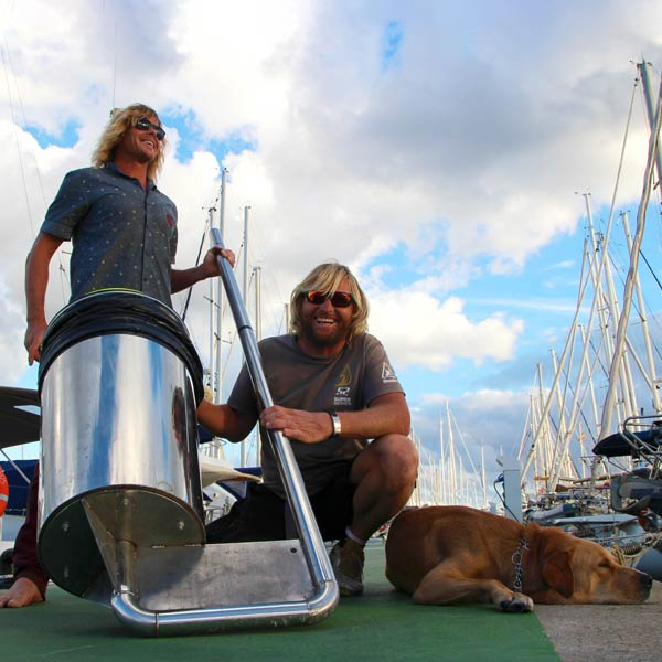 The floating rubbish bins helping to clean up marinas